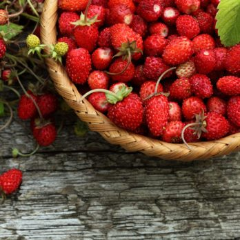 15 Summer Superfoods You Should Be Eating