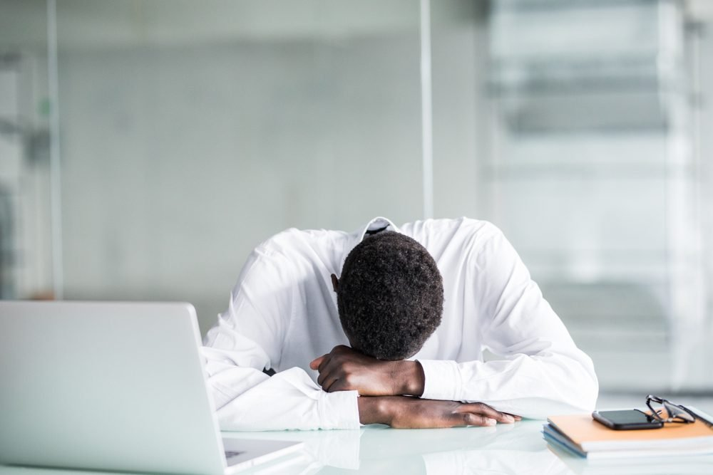 Falling Asleep At Your Desk? 11 Tips for Energy After Lunch