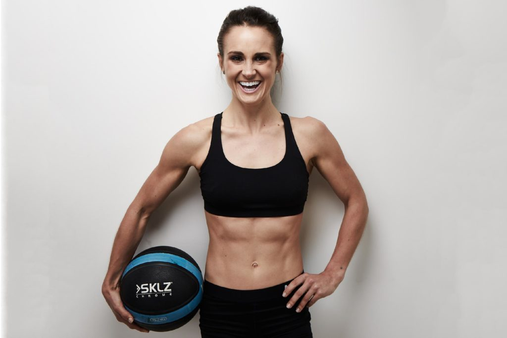 Fit Women Six Pack – You only need to adhere to a few rules and you reason being, for abs to really pop, you will need to have seriously low body fat percentage.