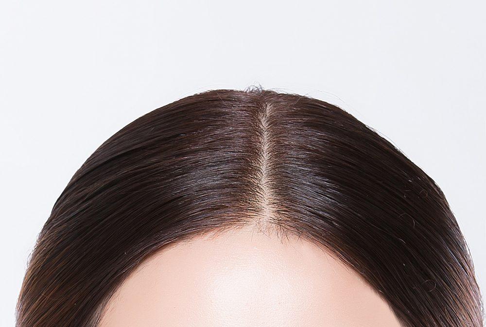 woman scalp hair part