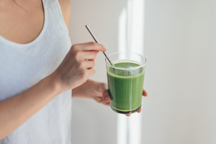 green juice in glass