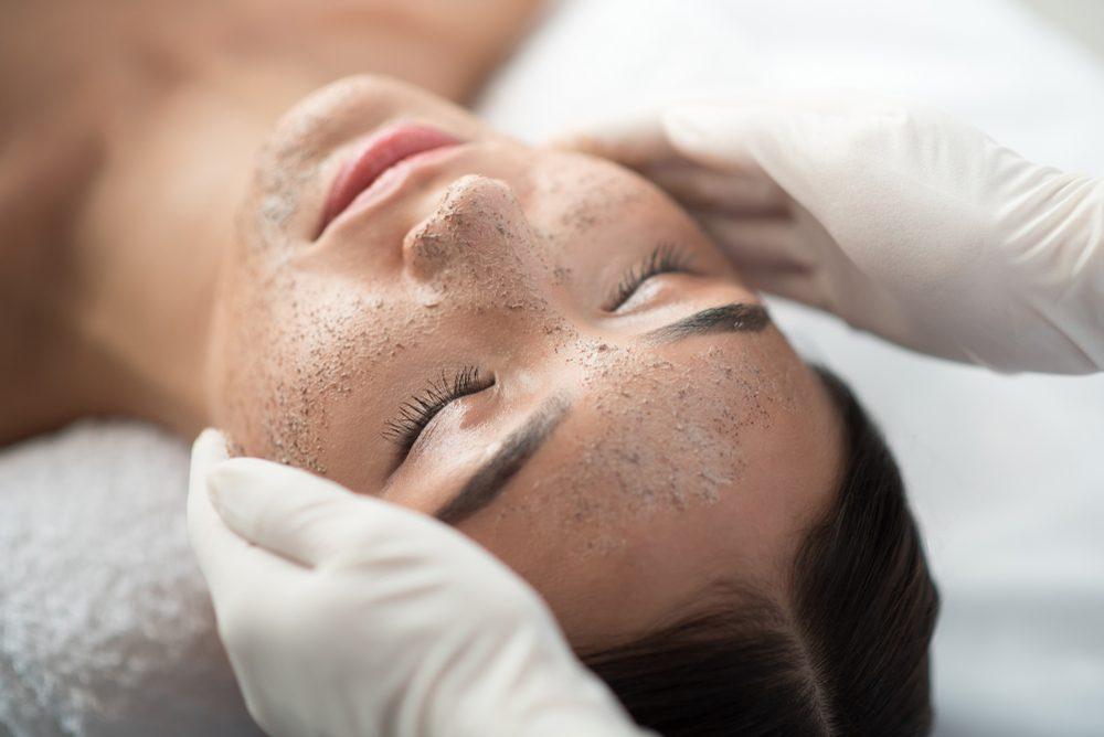 facial scrub treatment