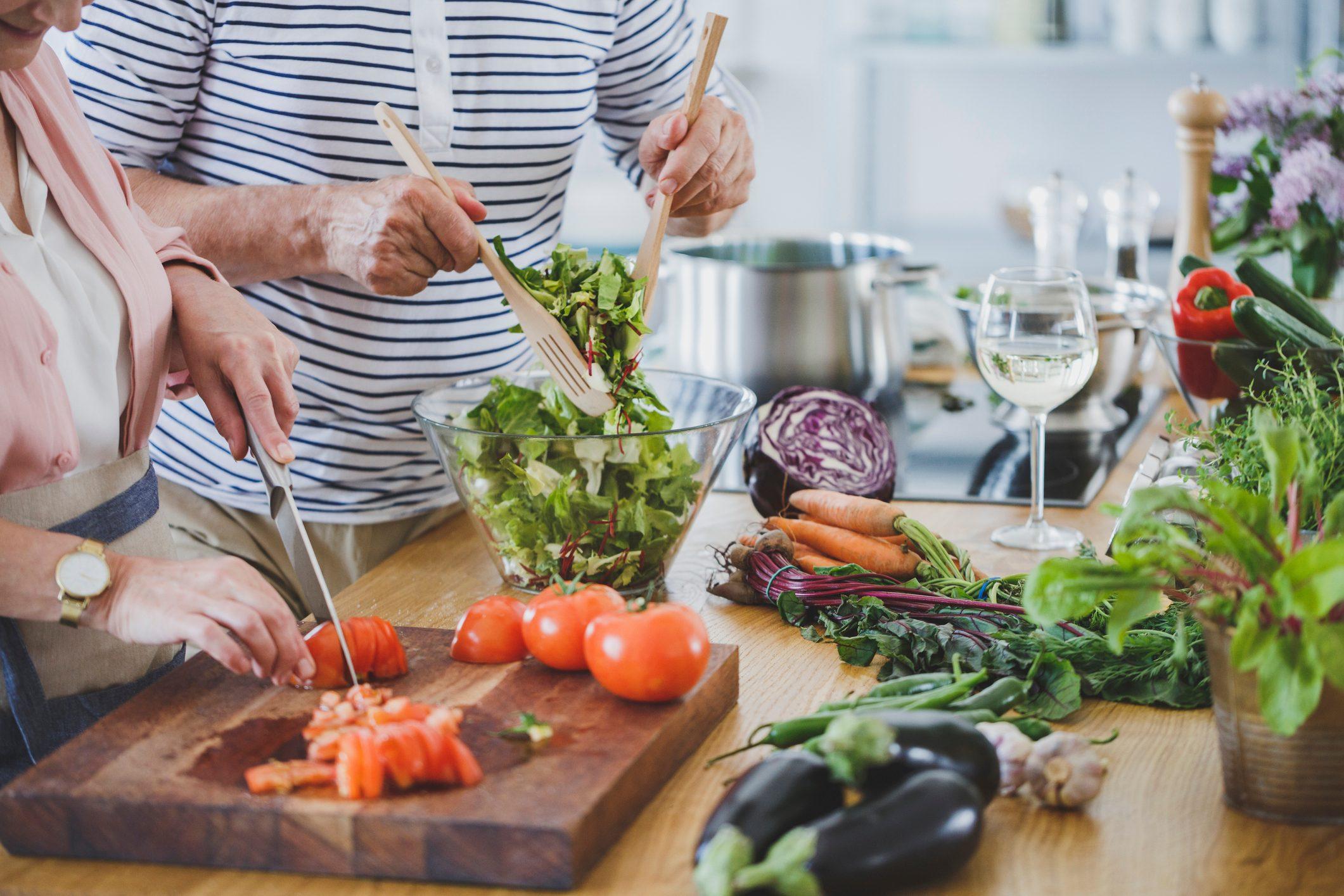 Ba Lan: Ăn ở nhà thường xuyên hơn ăn ngoài