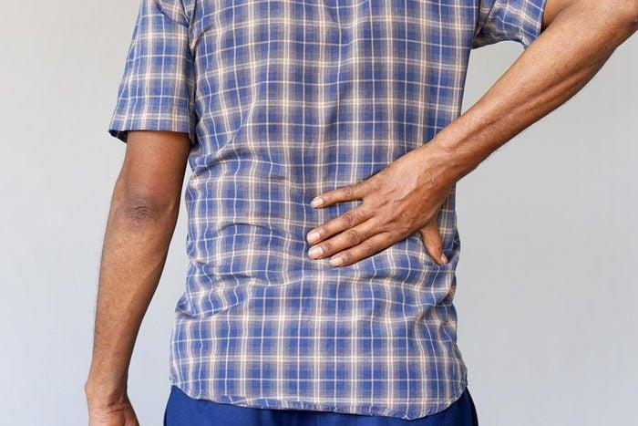 gout hand hip pain