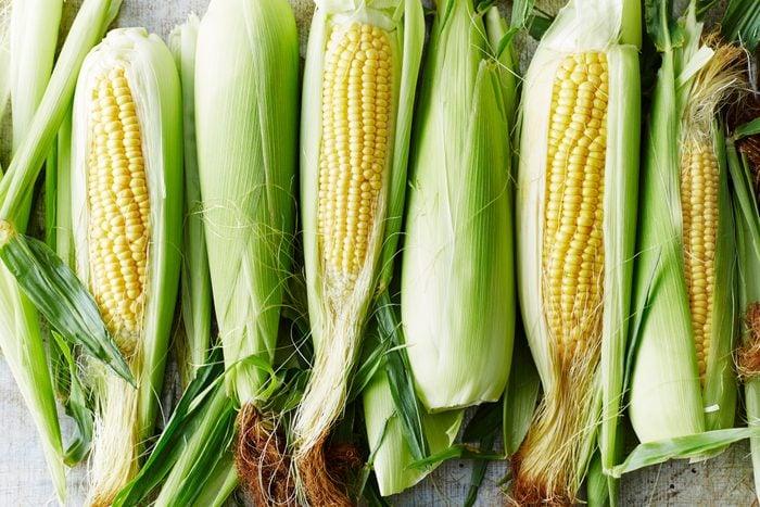 ears of sweet corn on the cob