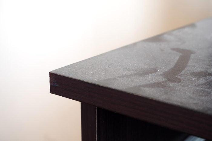 dust table