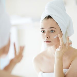 How to Get Rid of Blackheads: 12 Proven Tricks