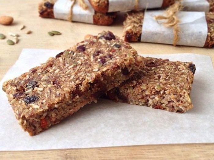 Quinoa Fruit And Nut Protein Bars