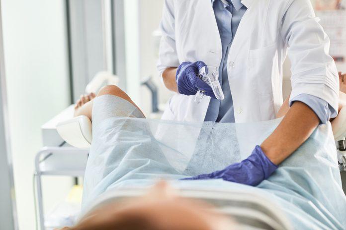 pap smear gynecologist exam