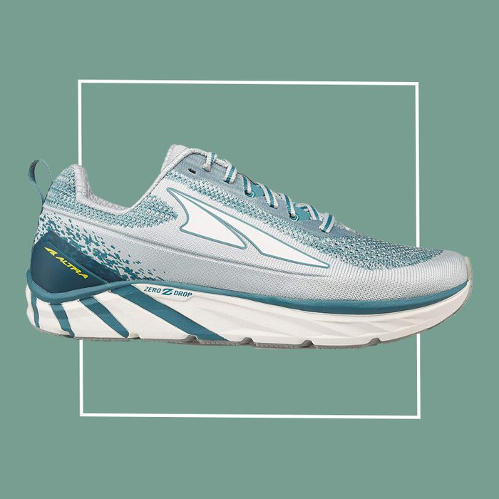 altra walking shoe