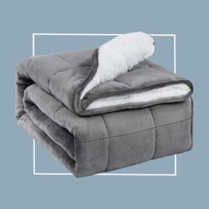 10 Best Weighted Blankets According to Amazon Reviews