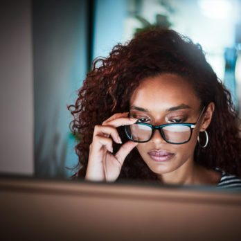 Do Blue Light Glasses Work? Here's What Eye Doctors Say