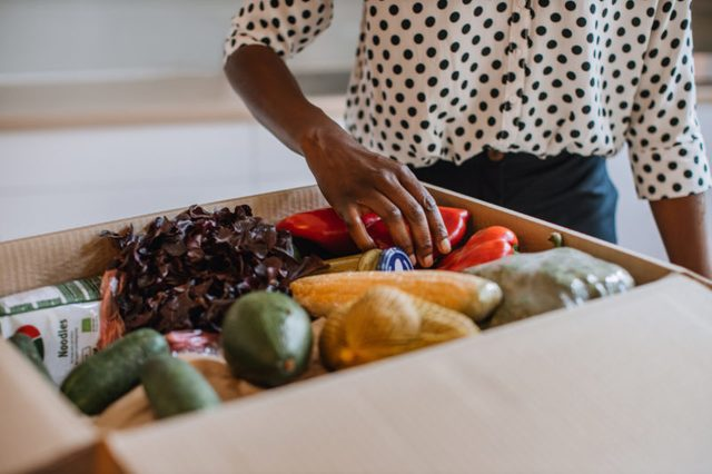 box of grocery produce