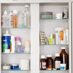 10 Things Nurses Always Keep in Their Medicine Cabinets