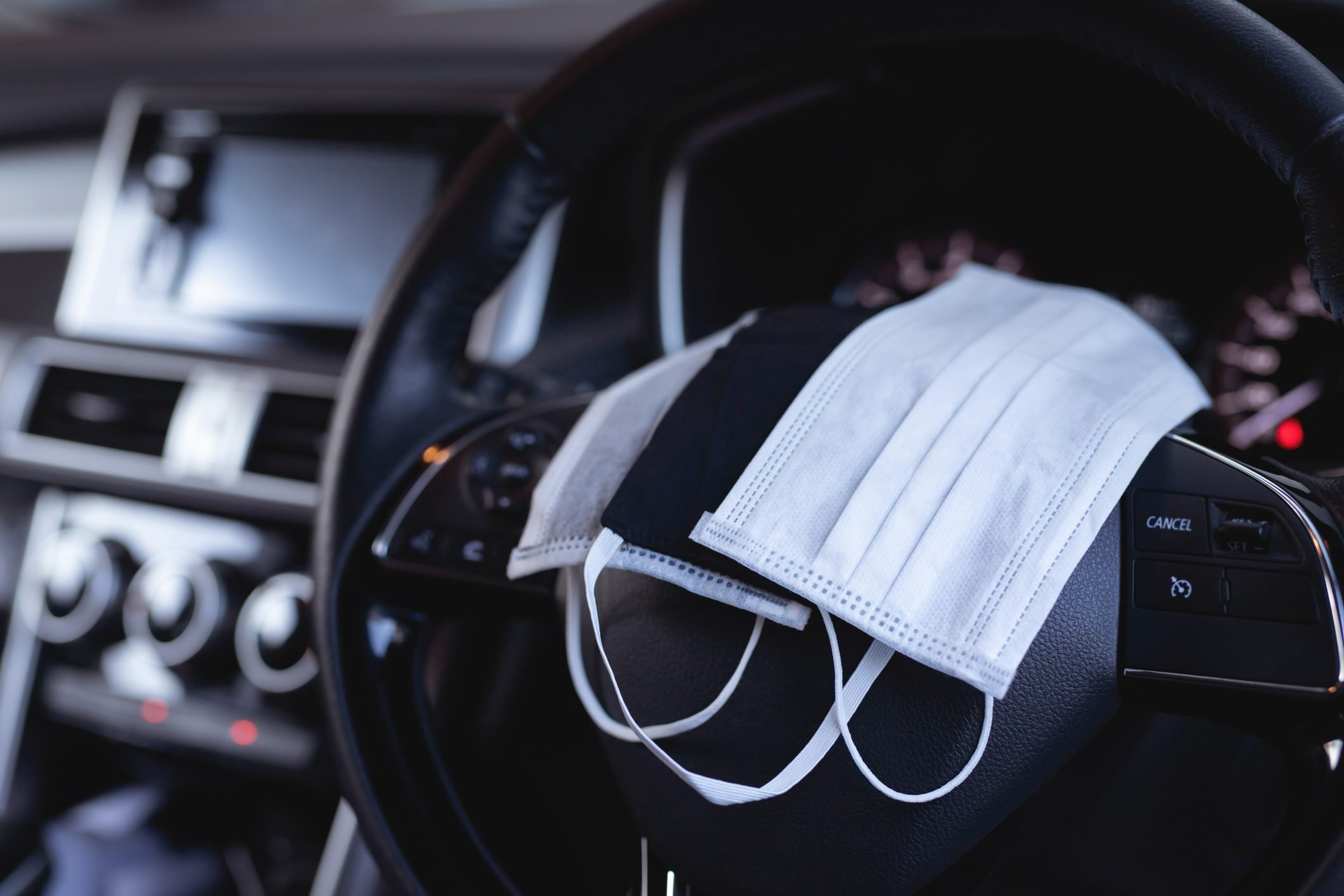 face masks in car to prevent the spread of covid-19