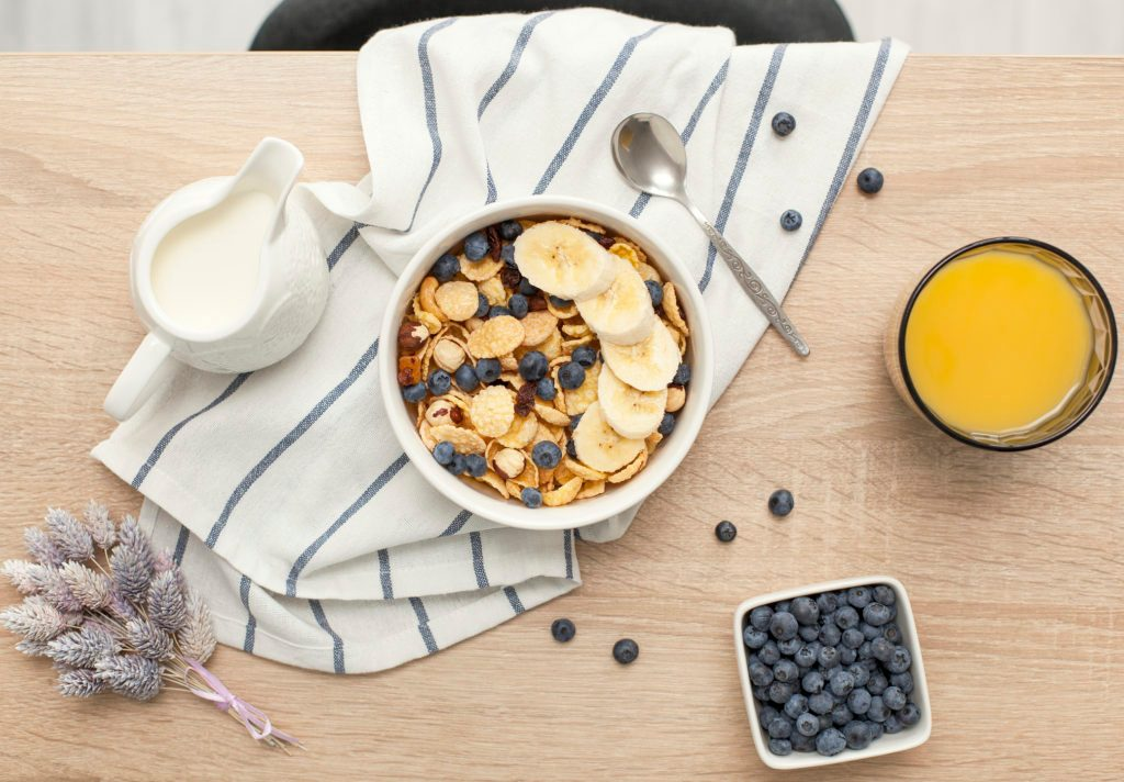 16 Things Doctors Eat for Breakfast Every Day