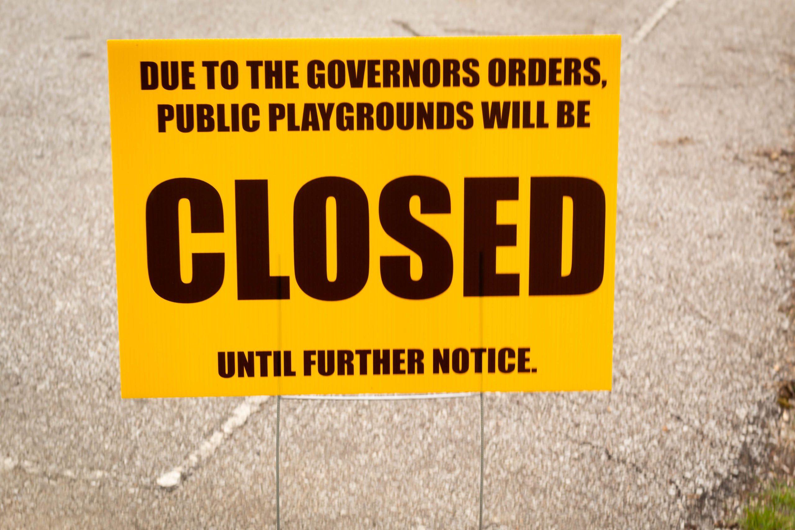 Public park closure sign