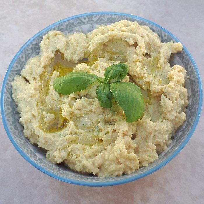 basil hummus