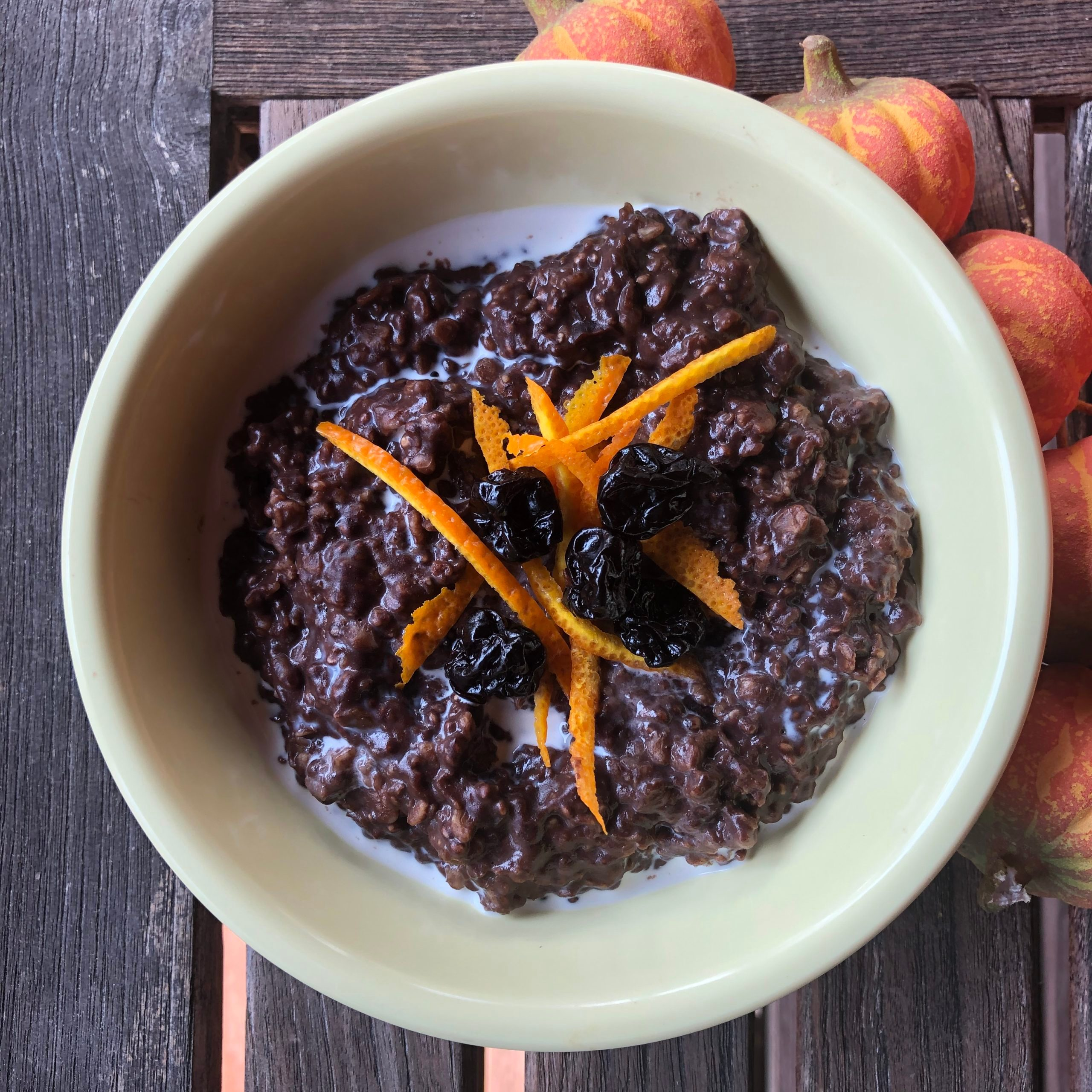 cherry chocolate chia oatmeal from susan bowerman