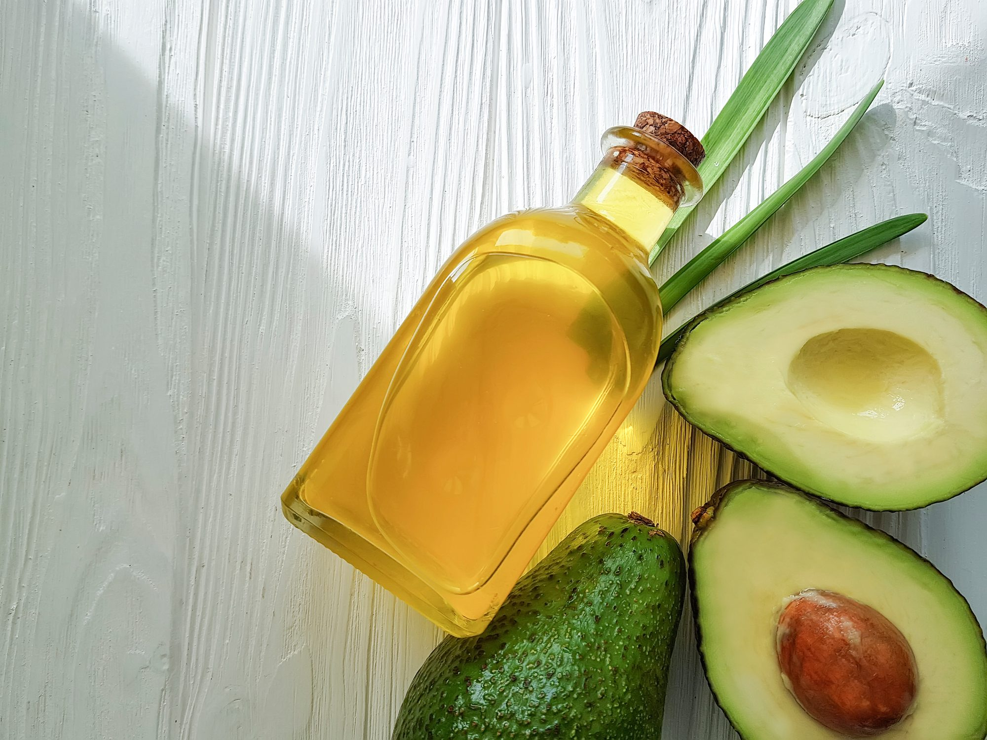 healthiest cooking oils | avocado oil and avocadoes