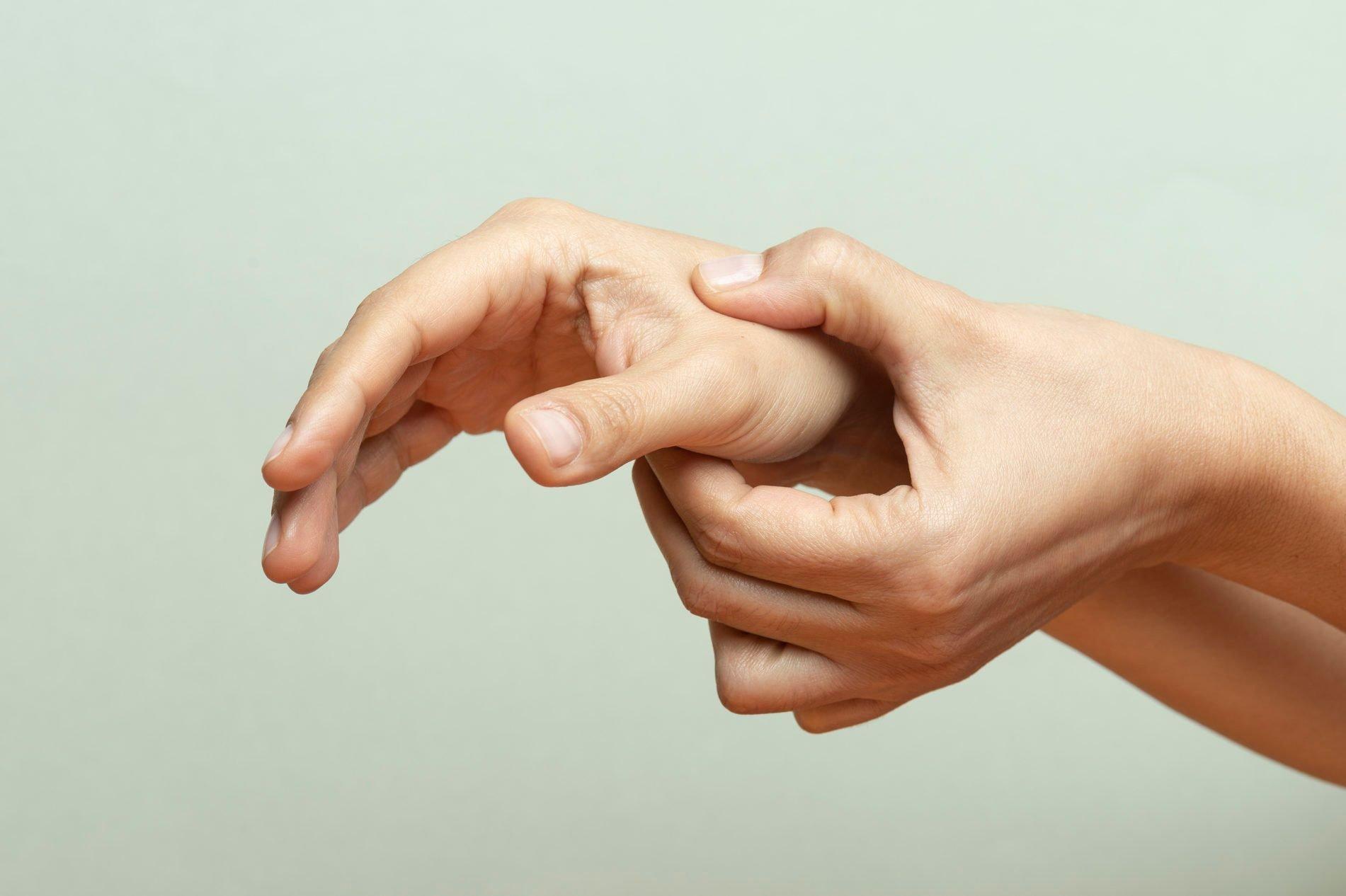 What Causes Thumb Pain? 7 Reasons Your Thumb May Hurt