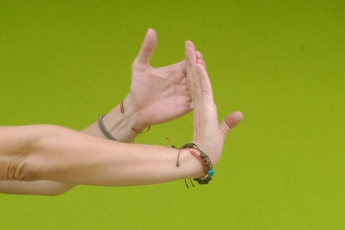Open chain wrist extension