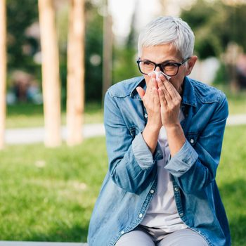 Do You Pee When You Sneeze? Here's How to Stop It