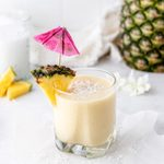 A Pineapple Smoothie Recipe That's Healthy and Delicious